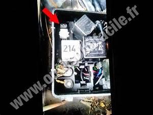 Obd2 Connector Location In Audi A6  C4   1994 - 1997