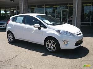 Ford Fiesta 2011 : 2011 oxford white ford fiesta ses hatchback 52200750 car color galleries ~ Medecine-chirurgie-esthetiques.com Avis de Voitures