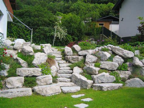 Mit Steinen by Referenzen Steine Im Garten Schmeikal Gartengestaltung