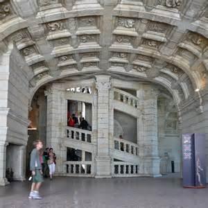 L Escalier Du Chateau De Chambord by Ch 226 Teau De Chambord L Escalier Junglekey Fr Image