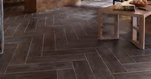 stainmaster 174 6 in x 24 in groutable casa italia gray brown peel and stick travertine luxury