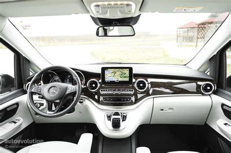 Review Mercedes V Class by 2015 Mercedes V Class Review Autoevolution