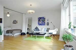 Moderne Wohnungseinrichtung Ideen : moderne wohnungseinrichtung ideen schlafzimmmer durch vorh nge abgetrennt living nice ~ Markanthonyermac.com Haus und Dekorationen