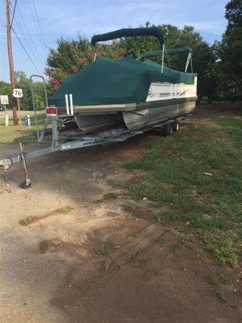 Tritoon Boat Companies by Jc Manufacturing Tritoon 266 Boat For Sale From Usa