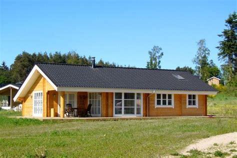 maison en bois pas cher en kit plan interieur maison en bois mzaol