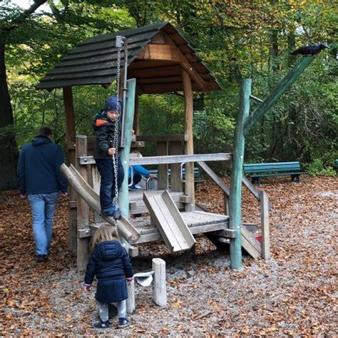 englischer garten münchen kinderspielplatz spielplatz im englischen garten in m 252 nchen