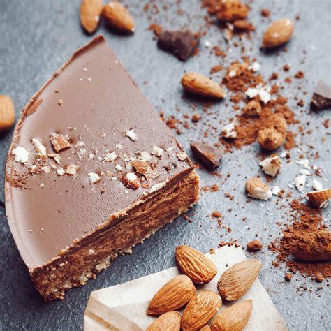 Mandeļu-šokolādes kūka