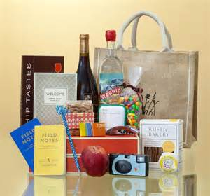 hotel gift bags for wedding guests 10 creative welcome bag ideas