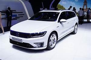 Volkswagen Passat Gte : volkswagen passat gte paris motor show 2014 evo ~ Medecine-chirurgie-esthetiques.com Avis de Voitures
