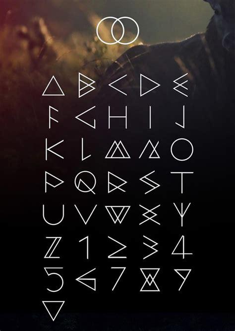 aquarelle calligraphie police telecharger gratuitement