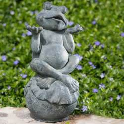 carefree frog garden statue at jackson and perkins