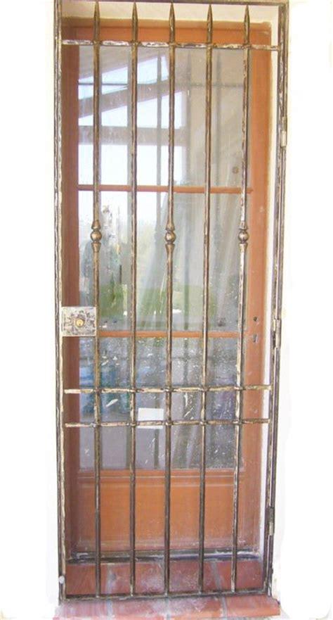 nos modeles de grilles de portes  de fenetres en fer forge