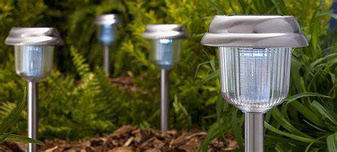 Landscape Lighting Buying Guide