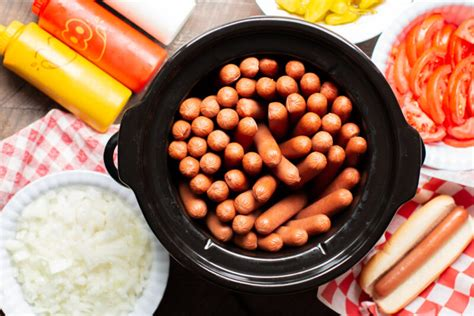 slow cooker hot dogs  magical slow cooker