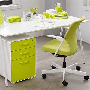 White, Lime, Green, West, 18th, 3