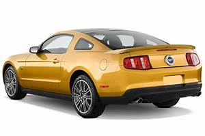 2010 Ford Mustang Reviews and Rating | Motor Trend