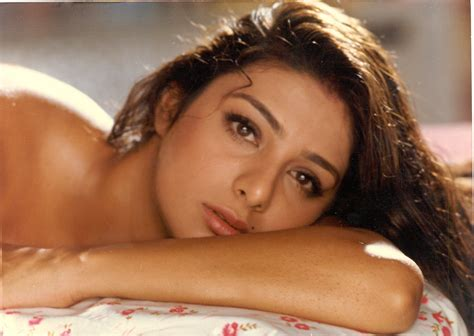 2 Tabu (actress) Hd Wallpapers  Backgrounds  Wallpaper Abyss