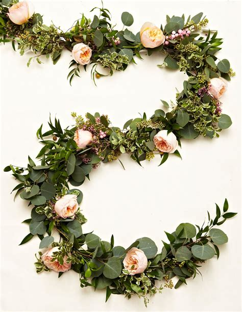 learn   create   gorgeous floral garlands