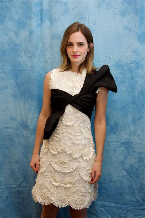 emma watson beauty   beast press conference   montage hotel  beverly hills