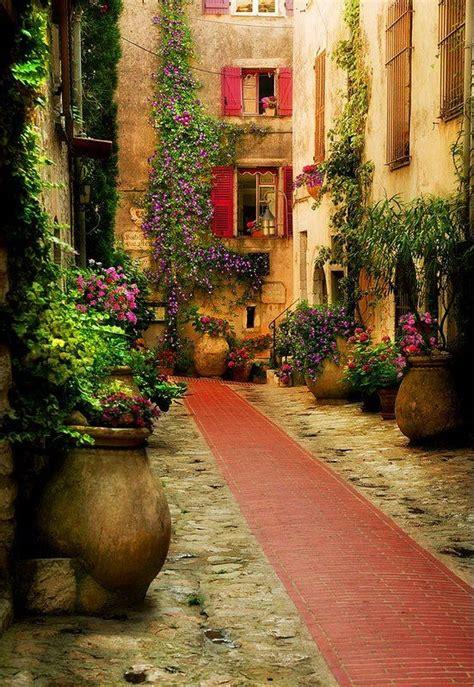 provence gardens beautiful garden provence france facades inspirations