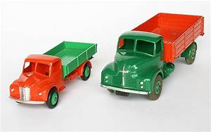 Dinky Toys scales in images