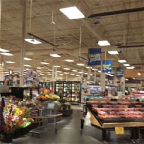 fred meyer phone number fred meyer 13 reviews department stores 17404