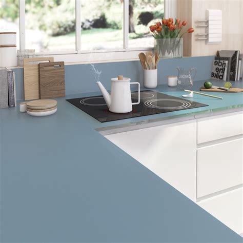 peinture carrelage cuisine plan de travail plan de travail sur mesure verre laqué bleu baltique ep
