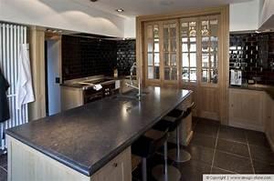 Plan de travail cuisine en pierre belgique design stone for Salle de bain design avec evier cuisine pierre bleue