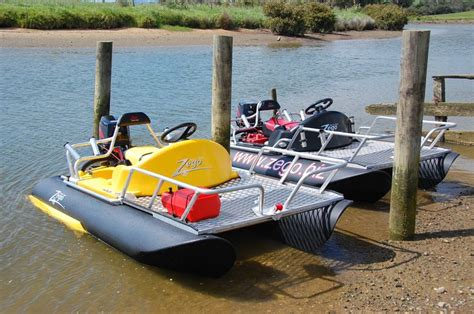 Mini Pontoon Boats For Sale Mn by 1000 Ideas About Pontoon Boats On Pontoons