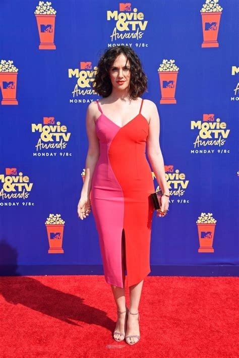 Kate Siegel - 2019 MTV Movie & TV Awards in LA • CelebMafia