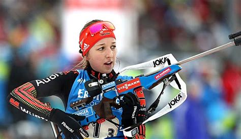 Franziska preuß, née le 11 mars 1994 à wasserburg am inn en bavière, est une biathlète allemande. Biathlon: Erkrankte Franziska Preuß fehlt beim Weltcup in ...