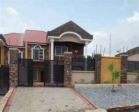 executive  bedroom house  rent  ashongman estate accra  br