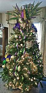 Mardi Gras • • on Pinterest