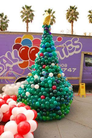 how to make a balloon christmas tree balloon tree sculpture balloon sculptures