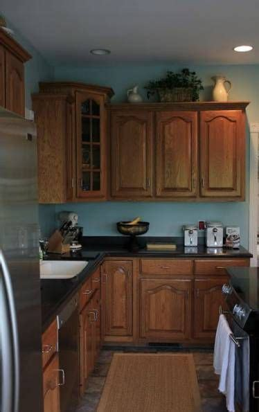 ideas  kitchen ideas blue walls oak cabinets