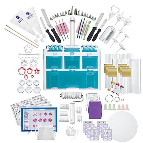 wilton  piece ultimate decorating set tool kit bed