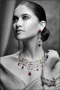 GlamGalz.com | Galz in Jewellery Photo Shoot