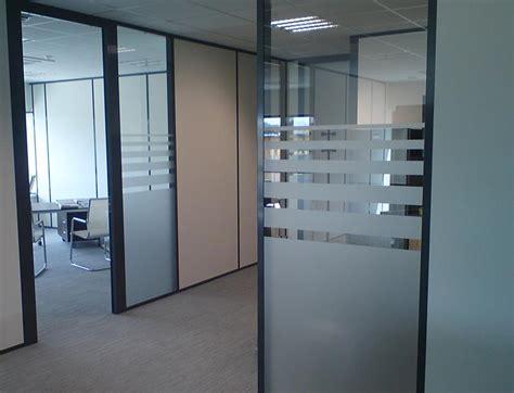 adh駸if porte cuisine porte de bureau en verre les am nagements portes pour cloisons de bureau espace