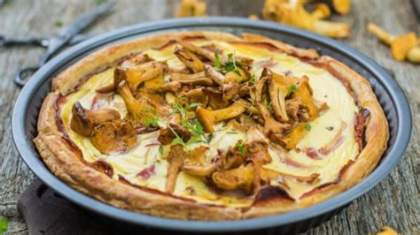 Rimi - Kārtainās rauga mīklas tartalete ar bekonu un gailenēm