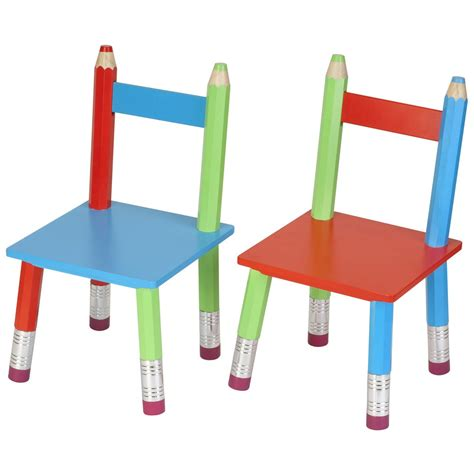 chaise pour enfants table enfant crayons
