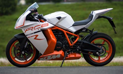 Ktm Wallpapers by Ktm Rc8 Hd Wallpapers