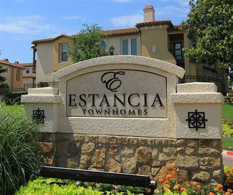 estancia townhomes in dallas offer luxury