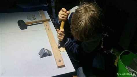 wohnmobil selber bauen ᐅ wohnmobil tisch selber bauen und ohne st 252 tze an die decke h 228 ngen 7globetrotters de