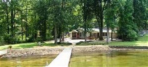Fishing Boat Rental Guntersville Al by Guntersville Vacation Rentals Water Front Home