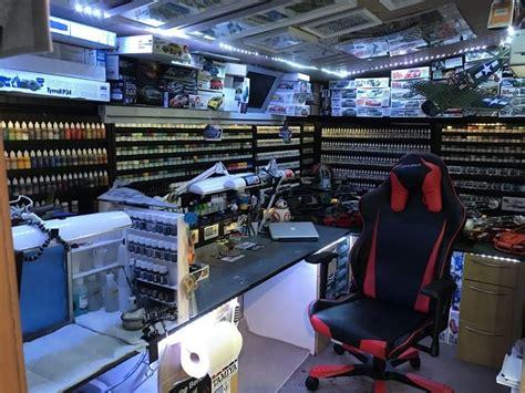modelling man cave hobby room design hobby room