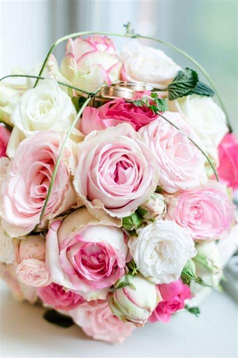 klassischer brautstrauss mit rosa rosen classic rose