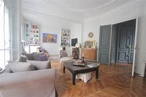 Appartement Contemporain : 6 surprenantes d corations appartement haussmannien contemporain ~ Melissatoandfro.com Idées de Décoration
