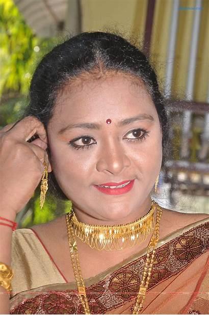 Shakeela Shakila Actress Stills Tamil Saree Glamour