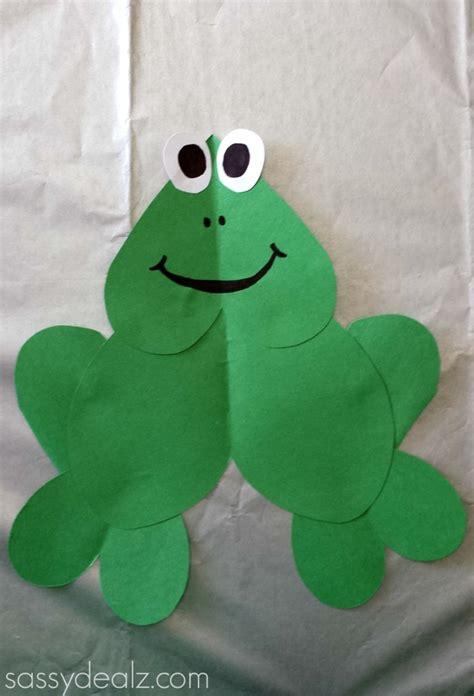 paper frog craft for crafty morning 763 | heart frog craft kids 697x1024