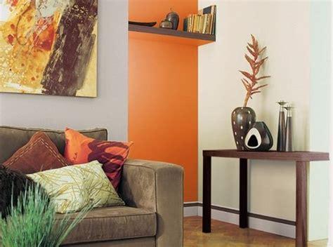 catalogue de peinture murale canap 233 taupe mur couleur chaude deco peinture taupe inspiration et orange